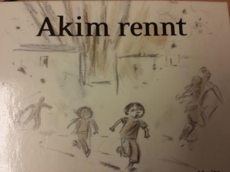 Akim rennt Medienstelle